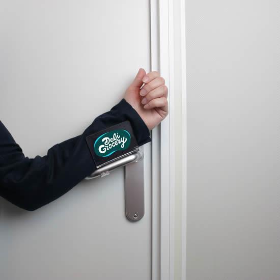 Flipper pour ouvrir et fermer les portes